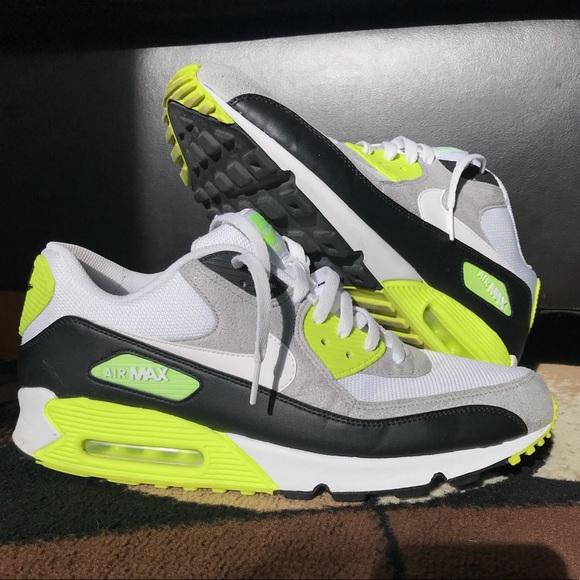 Zapatos Nike Air Max 90 Talla Negro 13 Blanco Negro Talla Y Poshmark Neon 2011 34eb09